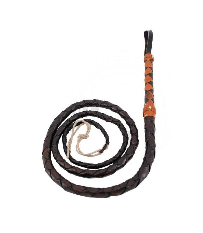Látigo negro con empuñadura marrón