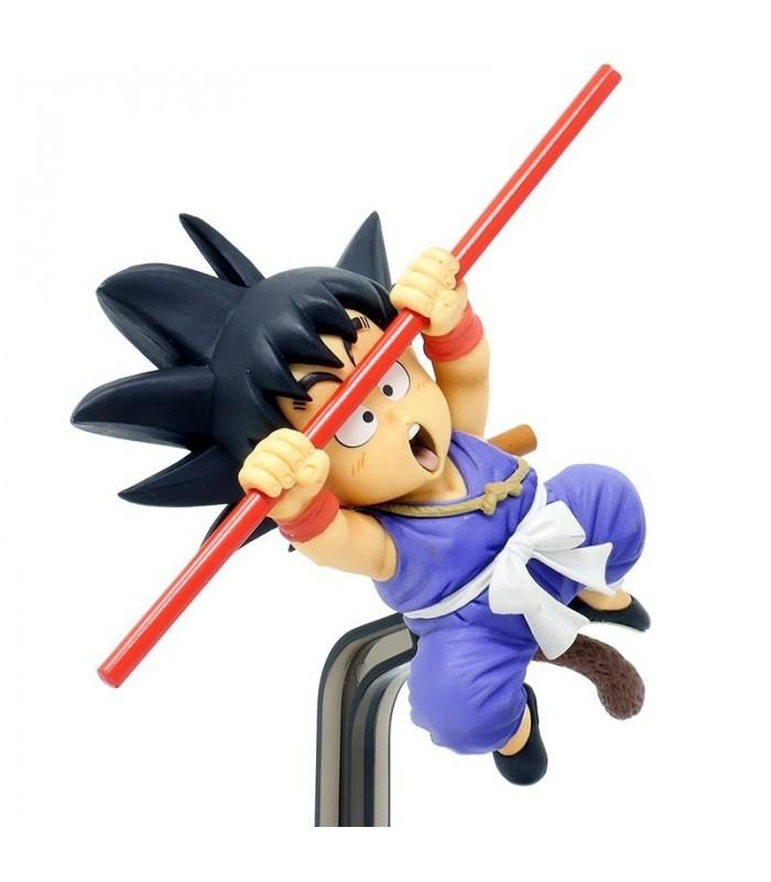 Son Goku con su Bastón mágico - Bola de Dragón